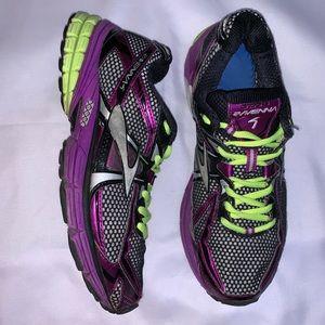 Brooks Ravenna 4 Running Athletic Sneakers